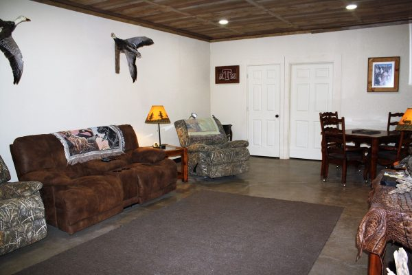 loveland lodge couches